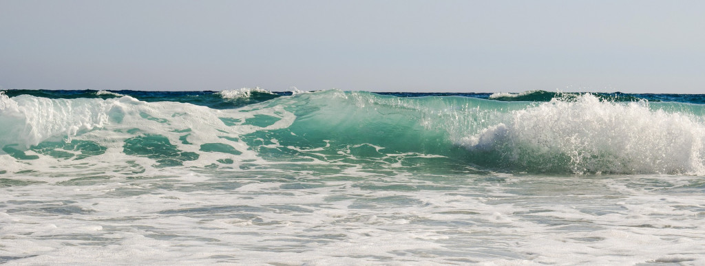 wave-2539875_1920